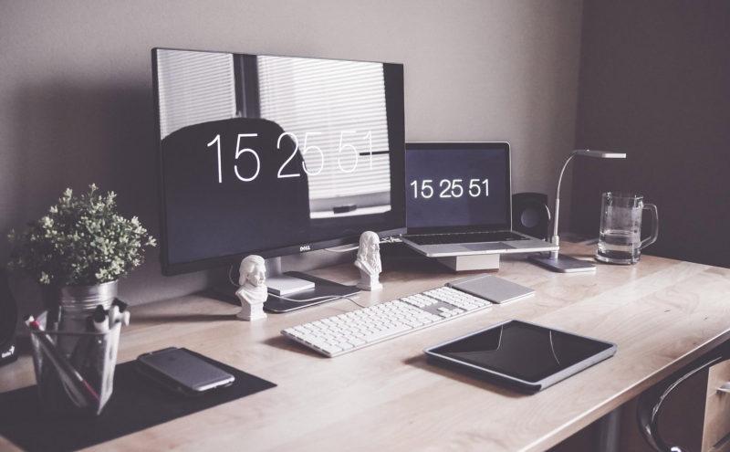MacBookと外部ディスプレイを繋ぐケーブルの選び方