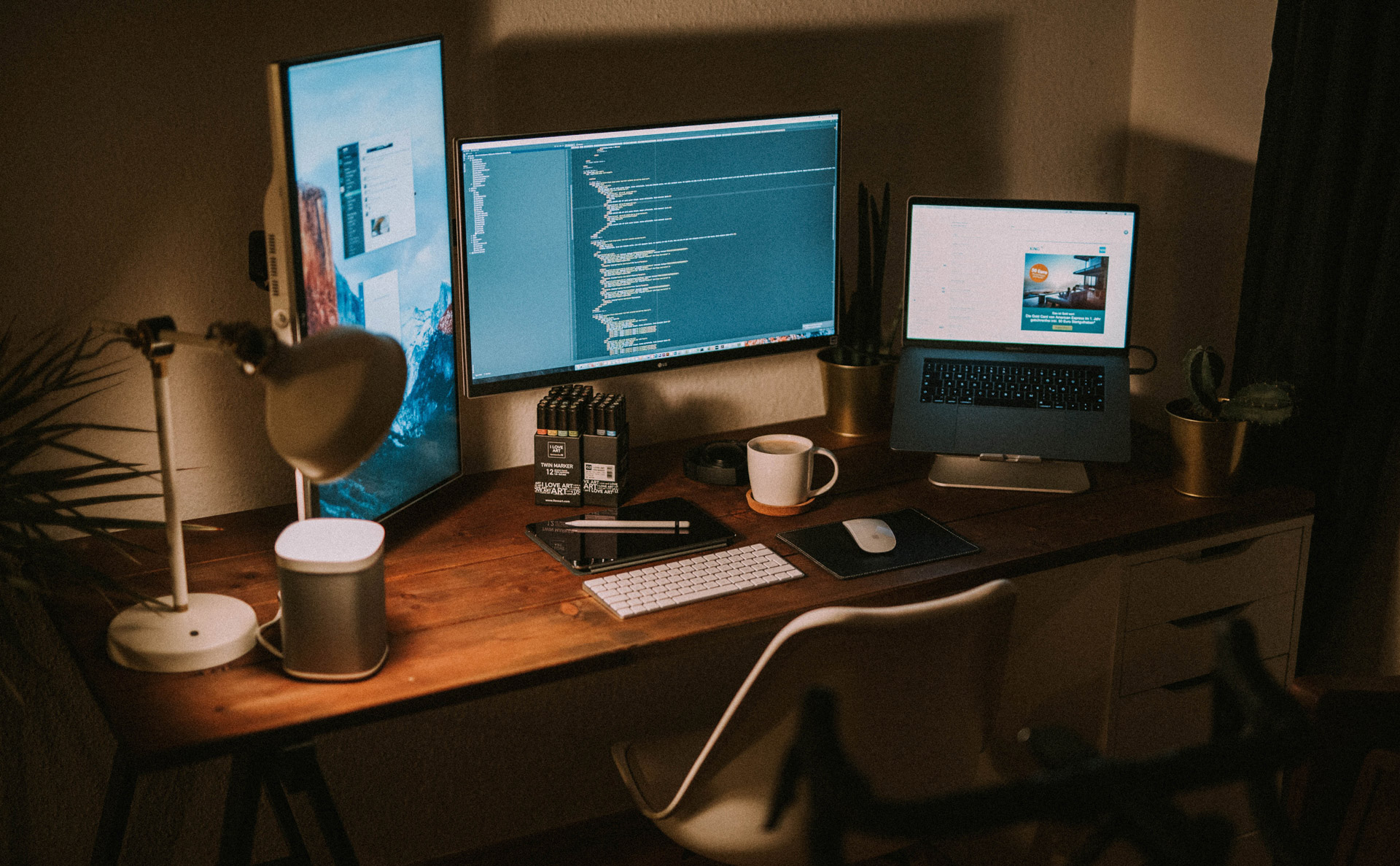 失敗しない!MacBookを外部ディスプレイに接続するときの注意点をご紹介